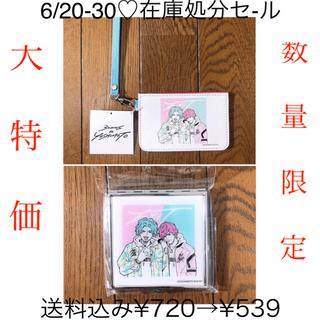 スリーコインズ(3COINS)の3COINS × 吉本コラボ♡パスケース×コンパクトミラー(EXIT)(名刺入れ/定期入れ)