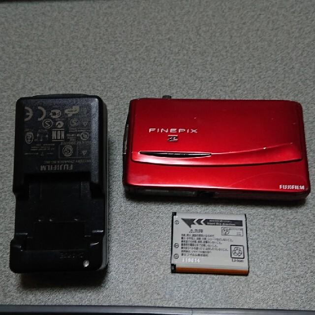 富士フイルム(フジフイルム)の富士フィルム コンパクトデジタルカメラ FinePix Z950EXR スマホ/家電/カメラのカメラ(コンパクトデジタルカメラ)の商品写真
