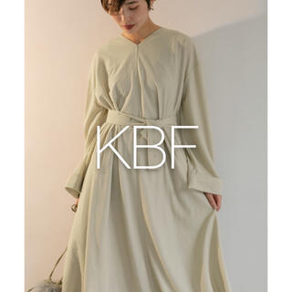 KBF - *新品タグ付き* KBF 2wayベルトBIGワンピース