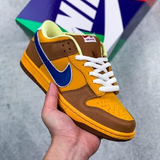 NIKE - NIKE DUNK LOW SB NEW CASTLE BROWN ALE