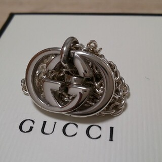Gucci - 美品 GUCCI インターロッキング ネックレス WGロゴ