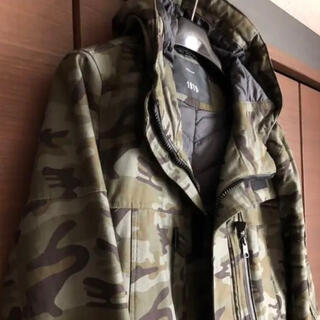 ザラ(ZARA)のzara フィールドジャケット カモフラ (マウンテンパーカー)