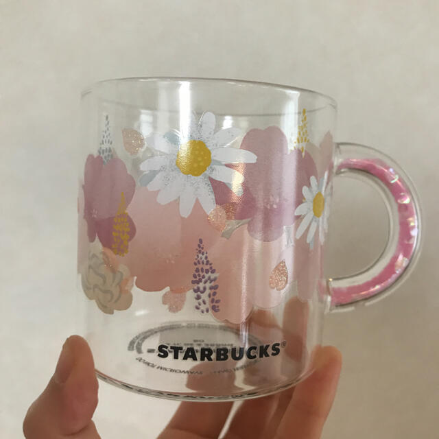Starbucks Coffee(スターバックスコーヒー)のスタバ 耐熱グラスマグカップ  2021サクラ インテリア/住まい/日用品のキッチン/食器(グラス/カップ)の商品写真