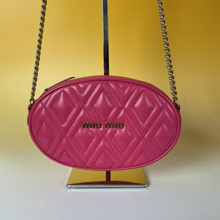 miumiu - MIUMIU 極美品 ピンク ソフト カーフ ショルダーバッグ ミュウミュウ