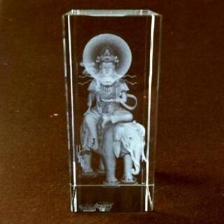 普賢菩薩クリスタルガラス3Dレーザー彫刻(置物)