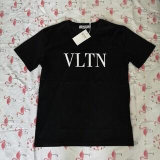 ヴァレンティノ(VALENTINO)の・✽゚ヴァレンティノ 黒色 Tシャツ  VLTN(Tシャツ/カットソー(半袖/袖なし))