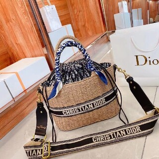 Christian Dior - 大人気のDiorバッグ トートバッグ  ショルダーバッグ⒉