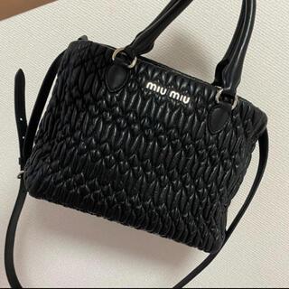 miumiu - miumiu ナッパクリスタル ハンドバッグ 黒 マテラッセ