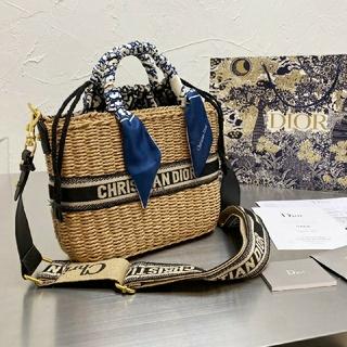 Christian Dior - 最安値☆するクリスチャンディオールカゴバッグ  Mサイズ