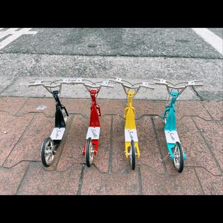 キックボード2台 赤青 ruribouさま(ぬいぐるみ/人形)
