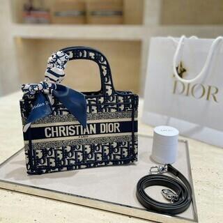 Christian Dior - a★期間限定★Dior素敵なハンドバッグwf