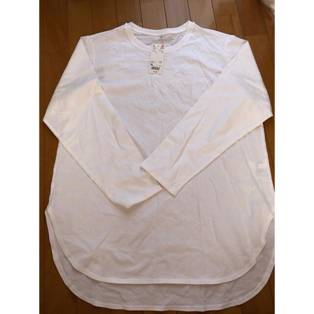 UNIQLO(ユニクロ)の【新品タグ付き】ユニクロ コットンロングシャツテールT レディースのトップス(Tシャツ(長袖/七分))の商品写真