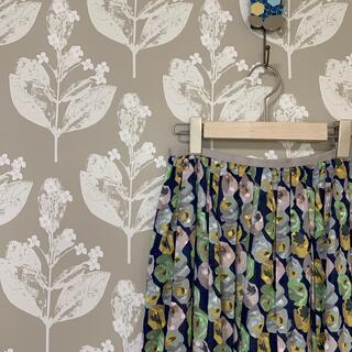 mina perhonen - サリースコット タグ付き未使用 花柄ふんわりロングスカート