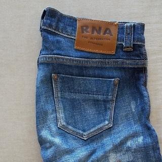 アールエヌエー(RNA)のRNA ダメージジーンズ(デニム/ジーンズ)