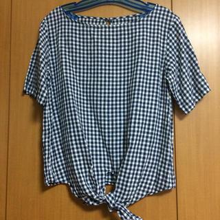 ジーユー(GU)のGU ギンガムチェック トップス(シャツ/ブラウス(半袖/袖なし))