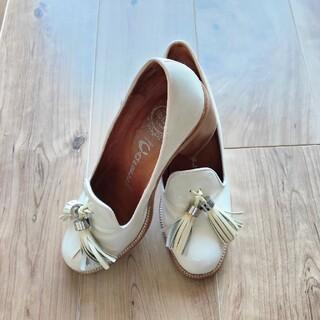 ジェフリーキャンベル(JEFFREY CAMPBELL)のジェフリーキャンベル 美品(ローファー/革靴)