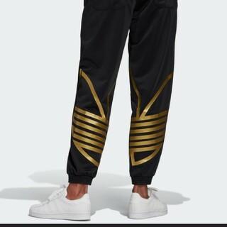 adidas - adidasOriginals ビッグトレフォイルゴールドジャージパンツ