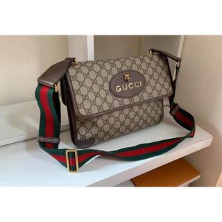 グッチ(Gucci)の グッチショルダーバッグ GGスプリーム キャンバス ベージュ×エボニー (メッセンジャーバッグ)