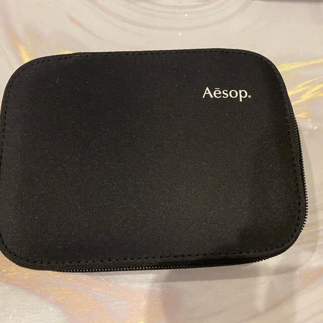 Aesop(イソップ)の新品、未使用Aesopイソップ(ギフトキット) コスメ/美容のボディケア(ハンドクリーム)の商品写真
