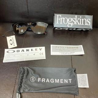 オークリー(Oakley)のFRAGMENT DESIGN x OAKLEY FROGSKINS A(サングラス/メガネ)