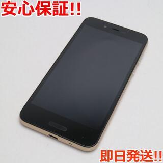 アクオス(AQUOS)の超美品 SIMフリー SH-M05 ゴールド 本体 白ロム (スマートフォン本体)