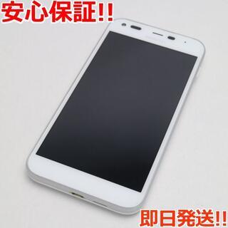 キョウセラ(京セラ)の美品 判定○ SoftBank 503KC DIGNO F ホワイト (スマートフォン本体)