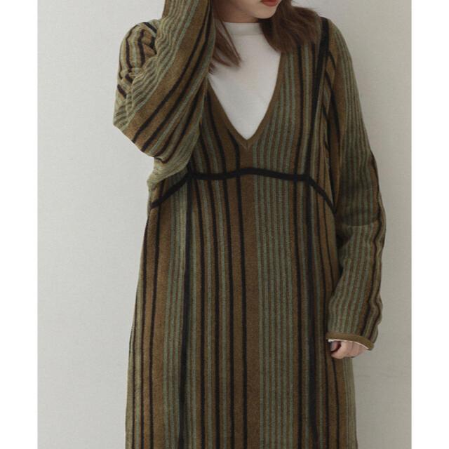 STUDIOUS(ステュディオス)の【MATURED】Velour Knit Dress khaki レディースのワンピース(ロングワンピース/マキシワンピース)の商品写真