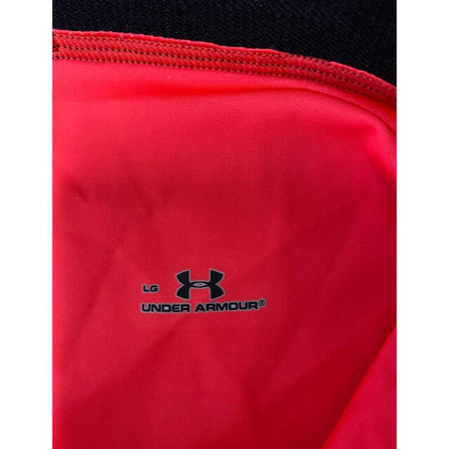 UNDER ARMOUR(アンダーアーマー)のUNDER ARMOUR 膝下パンツヒートギア Lサイズ スポーツ/アウトドアのランニング(ウェア)の商品写真