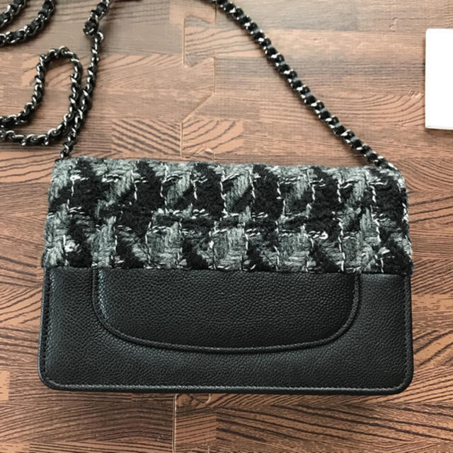 CHANEL(シャネル)のCHANEL チェーンウォレット レディースのファッション小物(財布)の商品写真