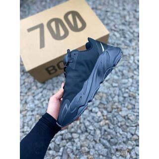 25.5CM Adidas YEEZY BOOST 700 MNVN BLACK(スニーカー)