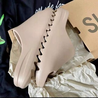 アディダス(adidas)のadidas YEEZY SLIDE PURE ADULTS  27cm(サンダル)