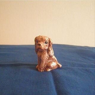 イヌ 犬 置物  陶器製