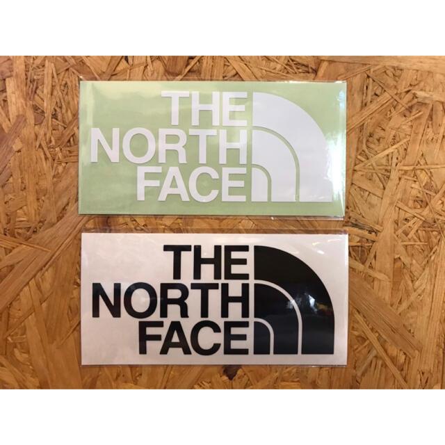 THE NORTH FACE(ザノースフェイス)のノースフェイス カッティングステッカー 黒 1枚 白 1枚 正規品 スポーツ/アウトドアのアウトドア(その他)の商品写真
