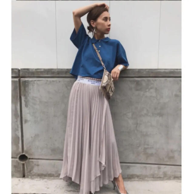 Ameri VINTAGE(アメリヴィンテージ)のAMERI PASS CODE PLEATS SKIRT レディースのスカート(ロングスカート)の商品写真