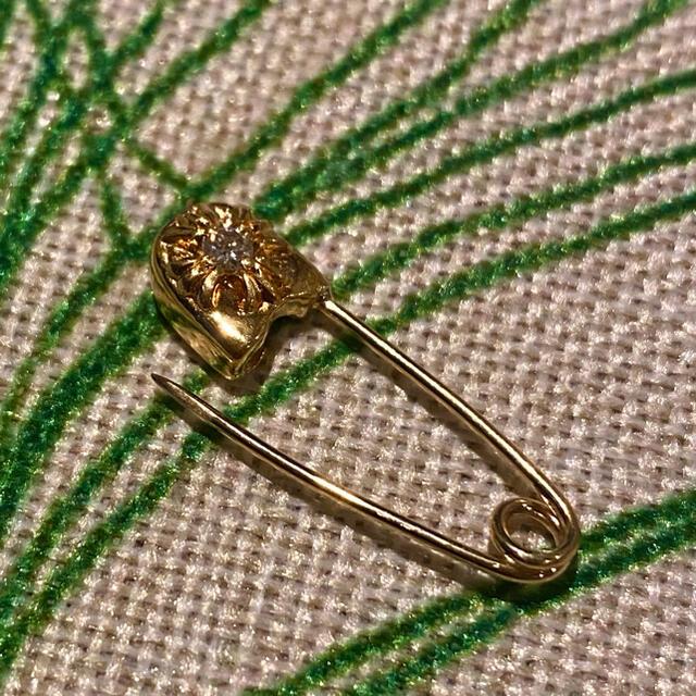 Chrome Hearts(クロムハーツ)の chrome hearts セーフティーピン スモール ダイヤモンド 22k メンズのアクセサリー(ピアス(片耳用))の商品写真