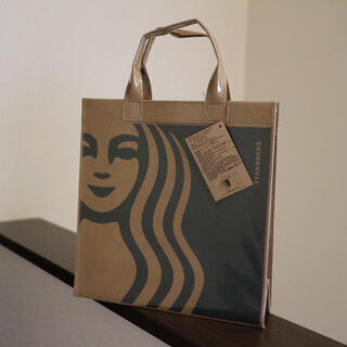 Starbucks Coffee - 【新品】台湾スターバックス サイレン ペーパーバッグ トートバッグ Mサイズ