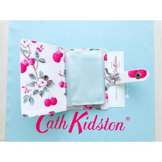 Cath Kidston - 【新品未使用】キャスキッドソン ブックスタイル カードホルダー チェリースプリグ