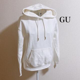 ジーユー(GU)のスウェットプルパーカ 新品未使用(パーカー)