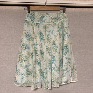 エニィスィス(anySiS)のanysis 膝丈スカート(ひざ丈スカート)