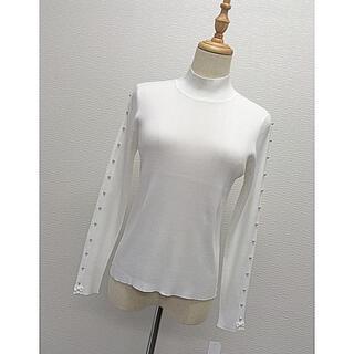 GALLERY VISCONTI - お袖グログランリボンとパールデザインが可愛いサラサラニット