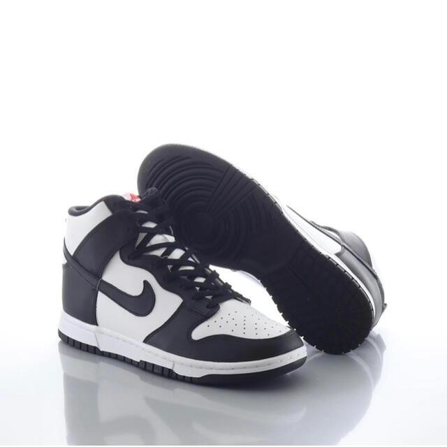 NIKE(ナイキ)のNIKE WMNS DUNK HIGH Black/White ナイキ ダンク メンズの靴/シューズ(スニーカー)の商品写真