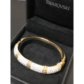 スワロフスキー(SWAROVSKI)の美品 スワロフスキー ゴージャス バングル(ブレスレット/バングル)