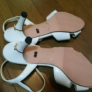 Lazy Swan ホワイトミュール (L) レディースの靴/シューズ(ミュール)の