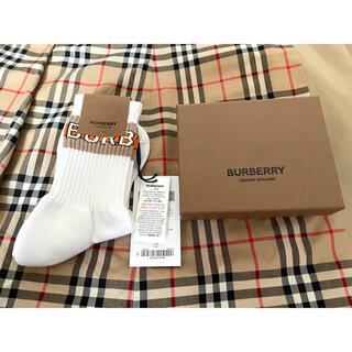 BURBERRY - 新品未使用 バーバリー Burberry レディース 靴下 ソックス 箱付き