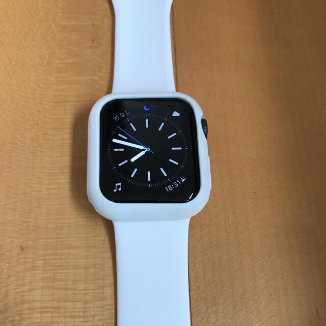 Apple Watch(アップルウォッチ)のApple Watch SE 40mm GPSタイプ メンズの時計(腕時計(デジタル))の商品写真