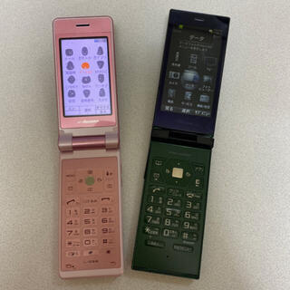 ソニー(SONY)のガラケー2機種セット(携帯電話本体)