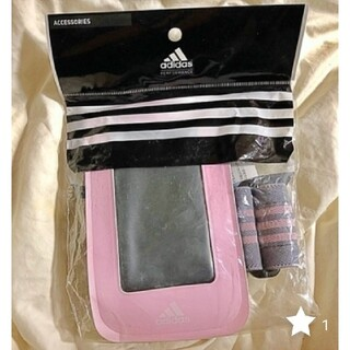 アディダス(adidas)の新品 アディダス adidas♪ iphoneにも スマートホンケース ポーチ(iPhoneケース)