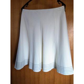 プライベートレーベル(PRIVATE LABEL)のプライベートレーベル 白フレアスカート(ひざ丈スカート)