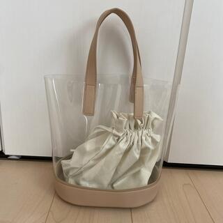 ジーユー(GU)のgu クリアバック巾着付き ♡新品(トートバッグ)
