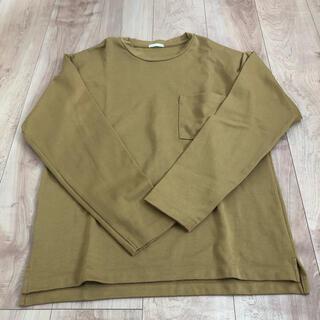 ジーユー(GU)の長袖Tシャツ カーキ色 GU Mサイズ(Tシャツ/カットソー(七分/長袖))